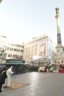 20-Act of Veneration to the Immaculate Conception of the Blessed Virgin Mary at the Spanish Steps