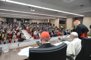9-Pre-Synodal meeting with young people at the International Pontifical College