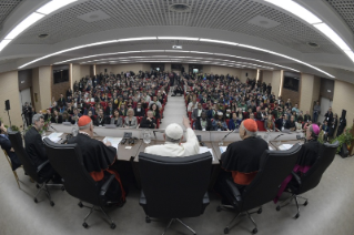 11-Pre-Synodal meeting with young people at the International Pontifical College