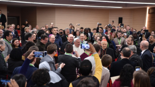 10-Pre-Synodal meeting with young people at the International Pontifical College