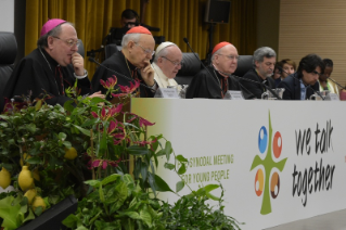 14-Pre-Synodal meeting with young people at the International Pontifical College