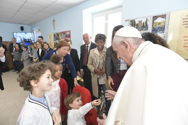El Papa, con los niños en Monteverde