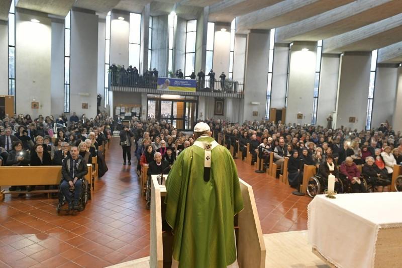 Francisco, durante la misa en Viterbo