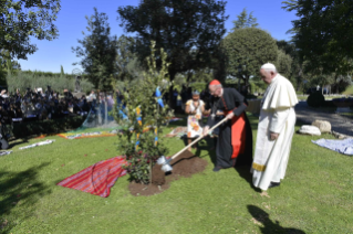 23-Feast of St. Francis in the Vatican Gardens