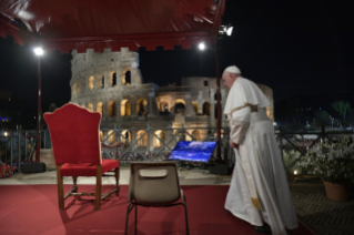 4-Way of the Cross at the Colosseum presided over by the Holy Father - Good Friday