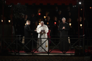 32-Way of the Cross at the Colosseum presided over by the Holy Father - Good Friday