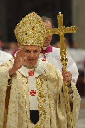 Benedicto XVI, 2010
