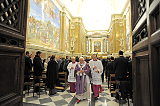 [IMG]http://www.vatican.va/news_services/or/or_quo/279q07a1.jpg[/IMG]